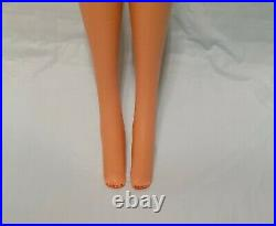 1968 BEAUTIFUL Blonde Standard Barbie #1190 Straight Leg