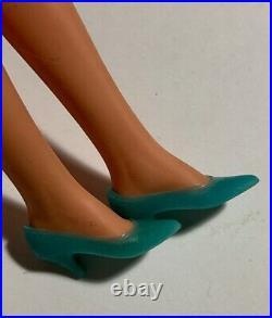 1970 FRANCIE Blonde- Hair Happenin's Doll in Original Dress #1122 Aqua Low Heels