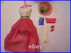 Barbie FRATERNITY DANCE #1638 1965 Vintage Fashion Gloves Pink OT Japan Purse