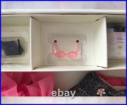 Silkstone Fashion Model NRFB A MODEL LIFE BARBIE GIFTSET 2002 Used DHL shipping