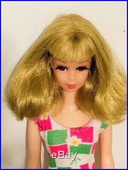 Vintage 1966 Blonde Bendable Leg Francie Barbie Cousin Japan Mint