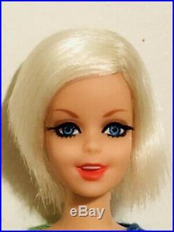 Vintage 1967 Platinum Blonde Twist N Turn TNT Twiggy Francie Japan Mint