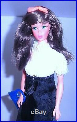 Vintage 1967 SEARS Beautiful Blues Brunette TNT Twist N Turn Barbie 1160 Japan