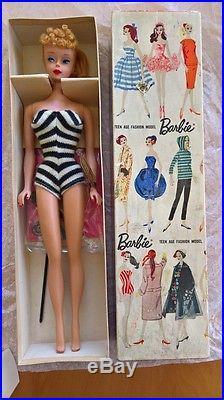 Vintage Barbie, A Blond, No 4, Rare Purple wrist tag, stock 850, Japan, Mattel