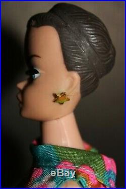 Vintage Barbie Fashion Queen 1963 / Japan & Color Magic Wigs & Accessoires 60er