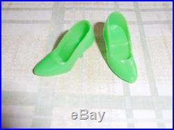 Vintage Barbie Htf Neon Green Closed Toe Japan 1498 Jc Penney Shoe Bag 1970 Mint