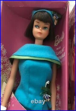 Vintage Barbie Japanese Exclusive Dressed American Girl In Fashion Editor