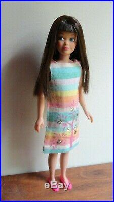 Vintage Barbie Skipper Dark Cherry Brunette Sunny Pastels Dress Japan Flats WOW
