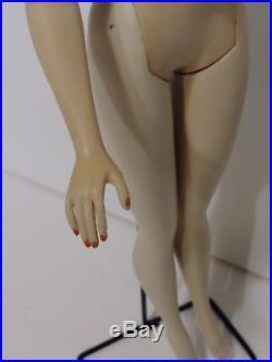 Vintage Barbie doll ponytail # 3 brunette brown eye shadow japan # 850