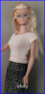Vintage Barbie platinum blonde SWIRL Ponytail 1964/65 Pak Square Neck Sweater
