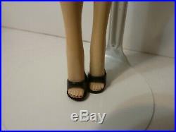 Vintage Barbie ponytail brunette #3 rare rectangular JAPAN box on foot