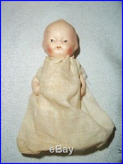 Vintage Dionne Quintuplets Bisque Jointed Baby Dolls in Wooden Cradle Made Japan