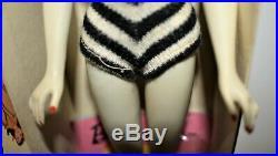 Vintage Ponytail Barbie # 3 Pale Ivory, Brown Eyeshadow, Boxed Japan on foot