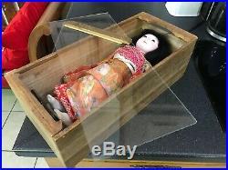 Vintage Retro Japanese Doll Geisha Nihon Ningyo Figure Figurine Wooden Case