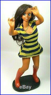 Vintage Rubber mod Go Go Girl Dancing doll 1960s, 30cm Sarco Japan