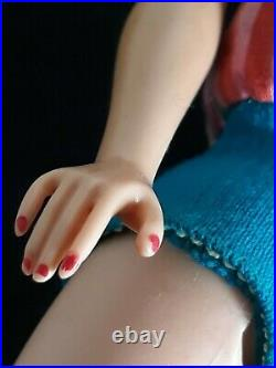 Vtg American Girl Barbie high color long blonde hair doll original outfit shoes